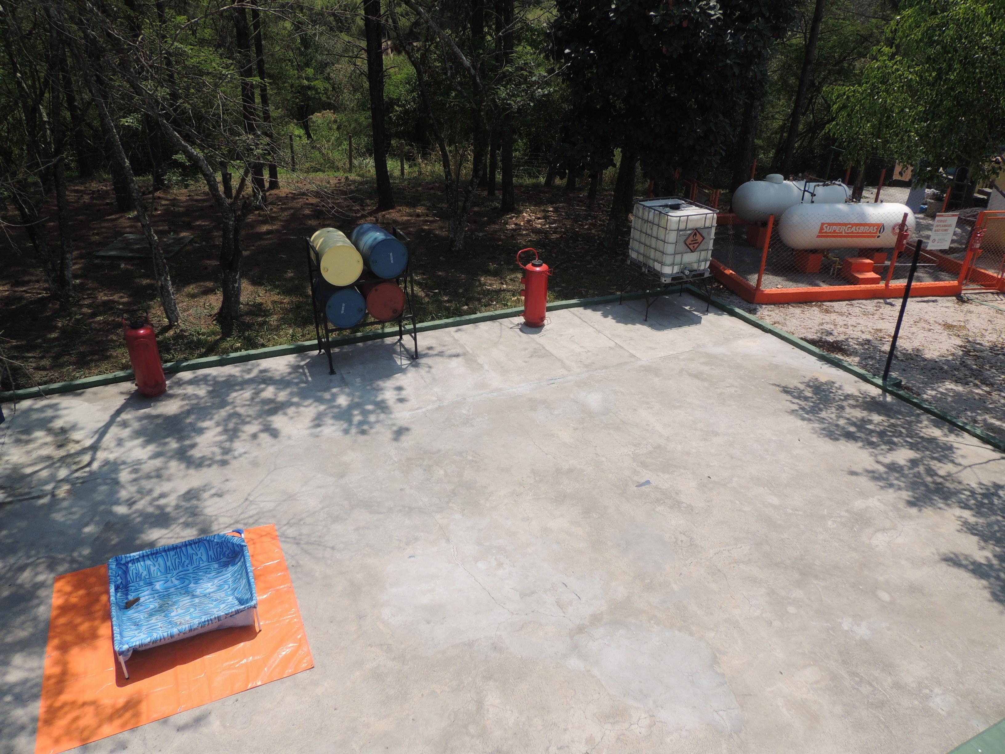 CENTRO DE TREINAMENTO  MOGI DAS CRUZES - Emergências Químicas - Mogi das Cruzes