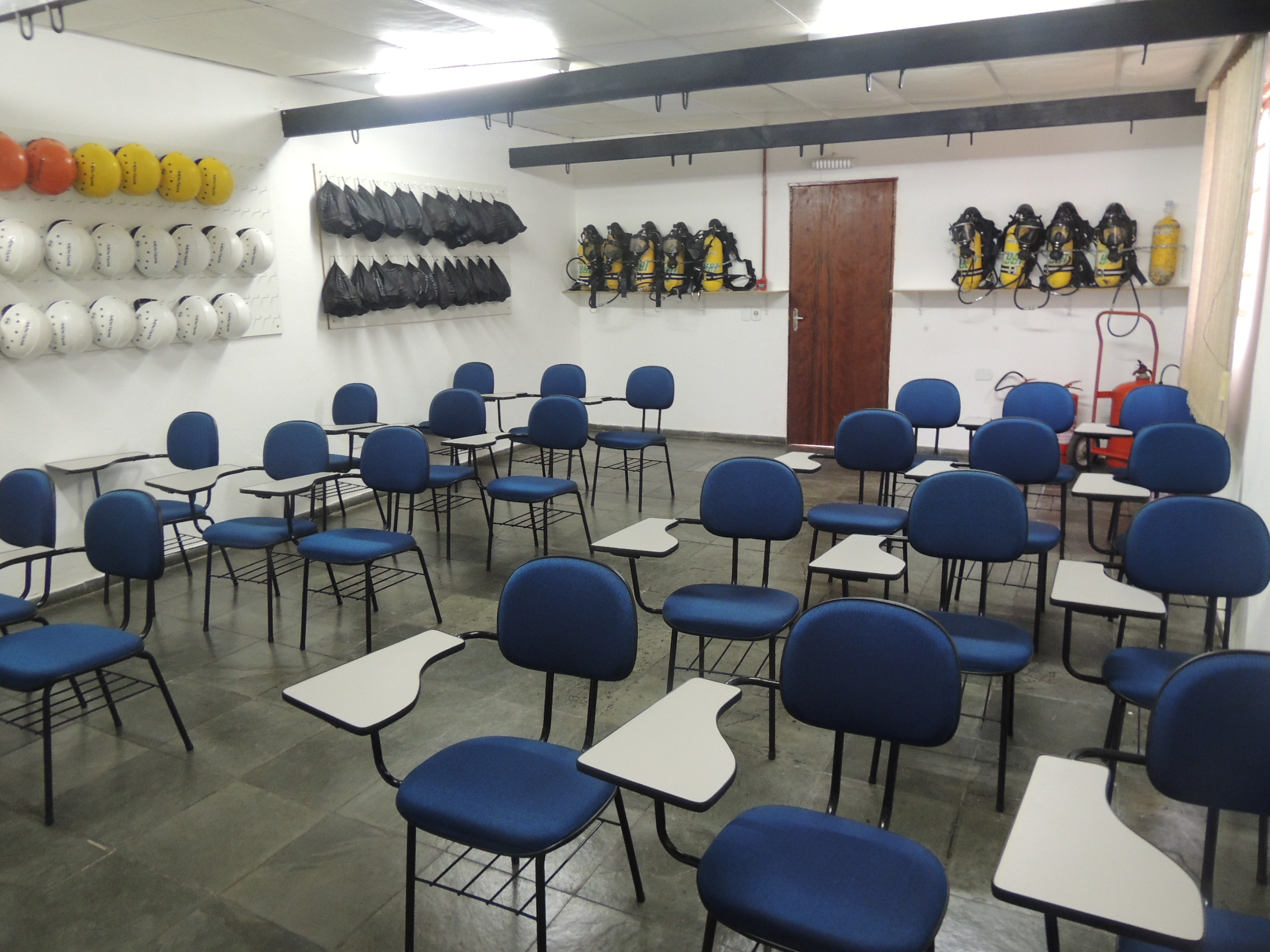 CENTRO DE TREINAMENTO  MOGI DAS CRUZES - Sala de Aula - Unidade São Paulo